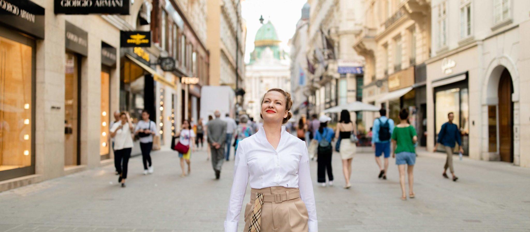 Lina Bibaric, Content Texter und Premium Texter in Wien| LiNAs BÜRO | Foto: © Nicole Heiling