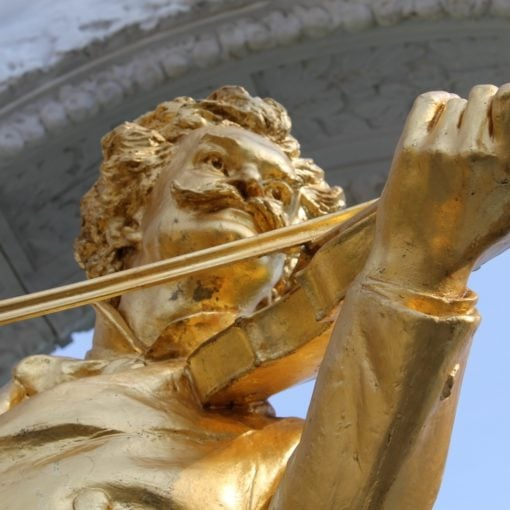 Strauss Denkmal, Wien - LiNAs BÜRO