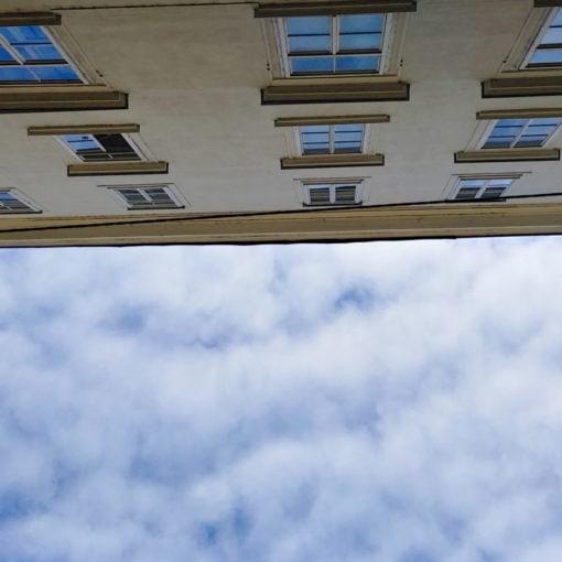 Weihburggasse, Fenster von Linas Büro